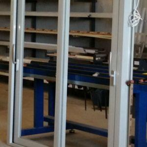 puertas-aluminio-correderas-mosquitera-enrrollable